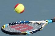 tennisklubben-050-racket-med-ball