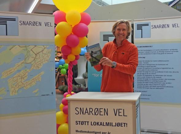 Fornebu S feirer 1-årsdag 14.10.2015 (23c)