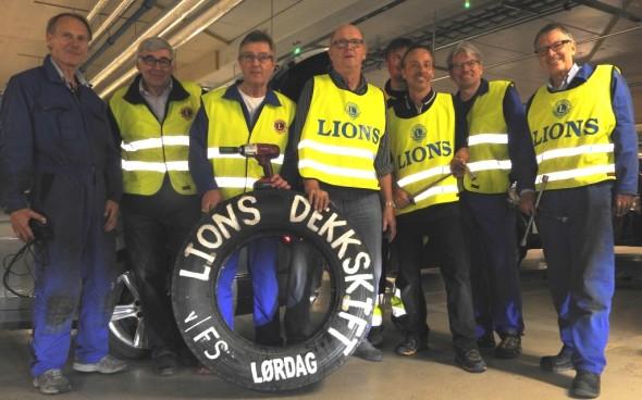 Team Lions stiller opp for fotografen.