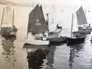 Bigga i A-jolle på Sarbuvollen i 1958